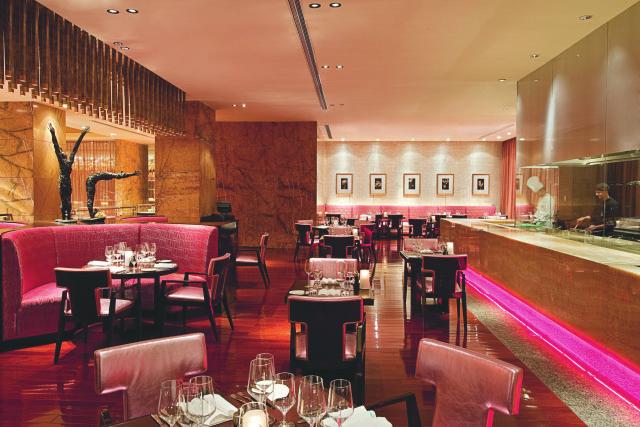 北京华彬费尔蒙酒店:刃扒房战斧牛排盛宴